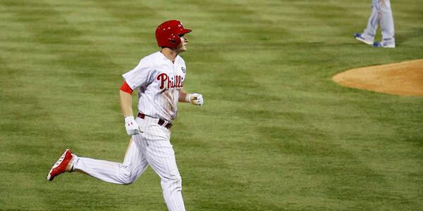 : @cody_smasche collects 4 hits and drills a grand slam as the #Phillies fall to Toronto. http://t.co/OBcwK82V70 http://t.co/wofRHZyZNC""