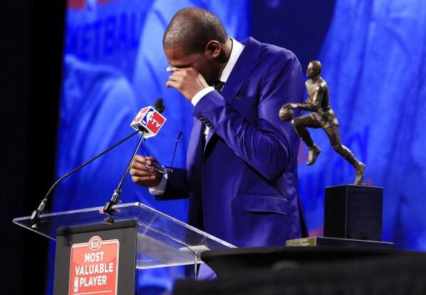 Kevin Durant's MVP speech pays tribute to his mom. Warning: this will make you weepy. http://t.co/e4dqheviVL http://t.co/SzhE652fc4
