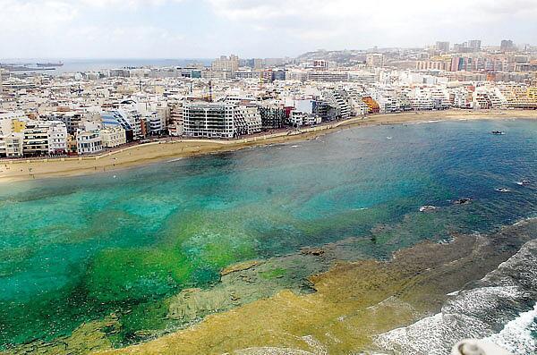 Las Palmas de #GranCanaria es la ciudad con el aire más limpio de España. http://t.co/8eNYLLUlV7 http://t.co/eCMMX1Qeq0
