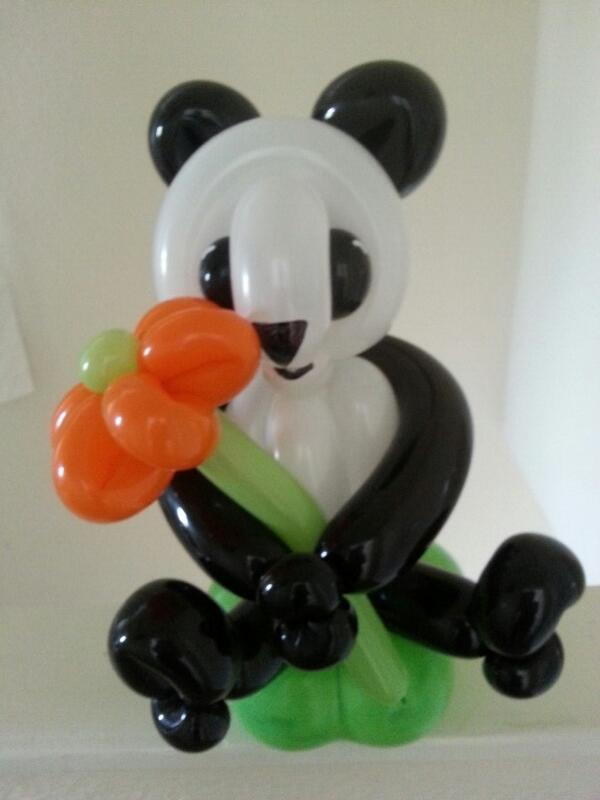 Too cute for words.....Our latest balloon sculpture. Will be on site soon #womaninbiz #wineoclock http://t.co/ZbwlKvT4dq