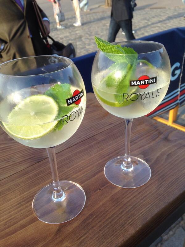 Rokit Williams Racing On Twitter Seriebcn En La Terraza