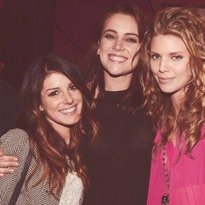 #TBwednesday @shenaegrimes and @JessicaLStroup http://t.co/fi8Shz5trC