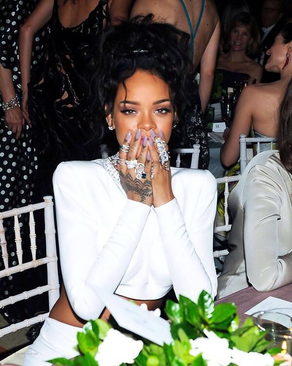 Rihanna is so pretty✨