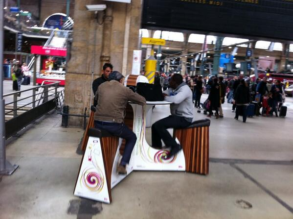 "Black Mirror was supposed to be satire, right? A phone recharging station where you ""pay"" by pedalling #garedunord http://t.co/JGr71pVM2r"