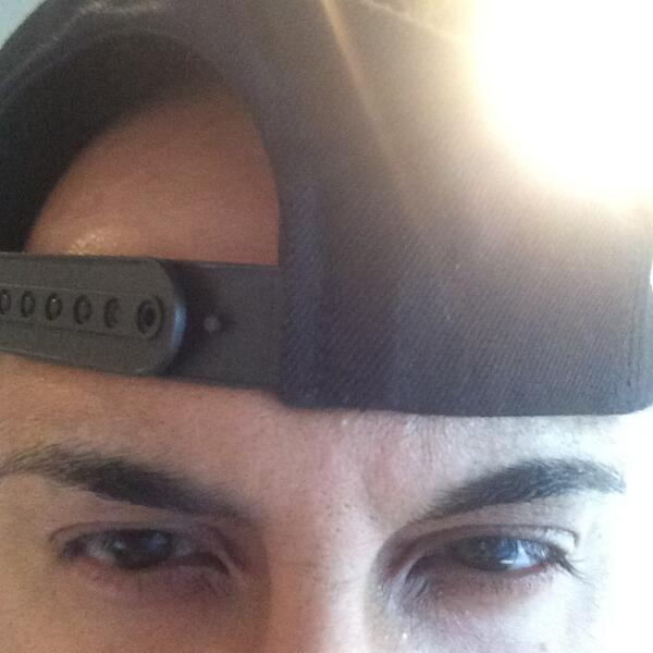 Peter Kash On Twitter So Are My Eyebrows Too Thin Flow935