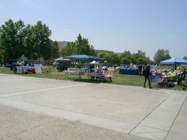 @ProjectCUIDAR celebrating @givebigsbcounty . Stop by the library lawn at CSUSB to join us. #givebig #May8th http://t.co/hgJRrnYART