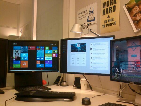 Why so many monitors on my desk? #thebettertoseewith http://t.co/uHpcCrKU0j
