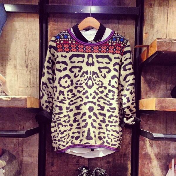 #NowInStore! Sweater Lion. http://t.co/HNy0WTrIH2