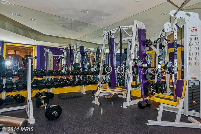 Neal j leitereg on twitter quot home gym inside laron landry