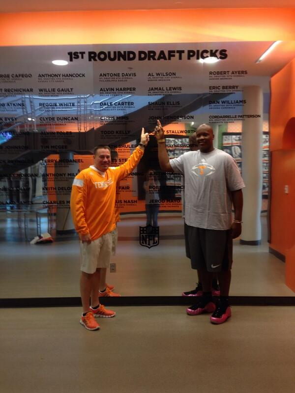 Congrats to 1st round draft #45 @JawuanJames70!!! A great club to join!!! #VFL http://t.co/fzMtG4HuIi