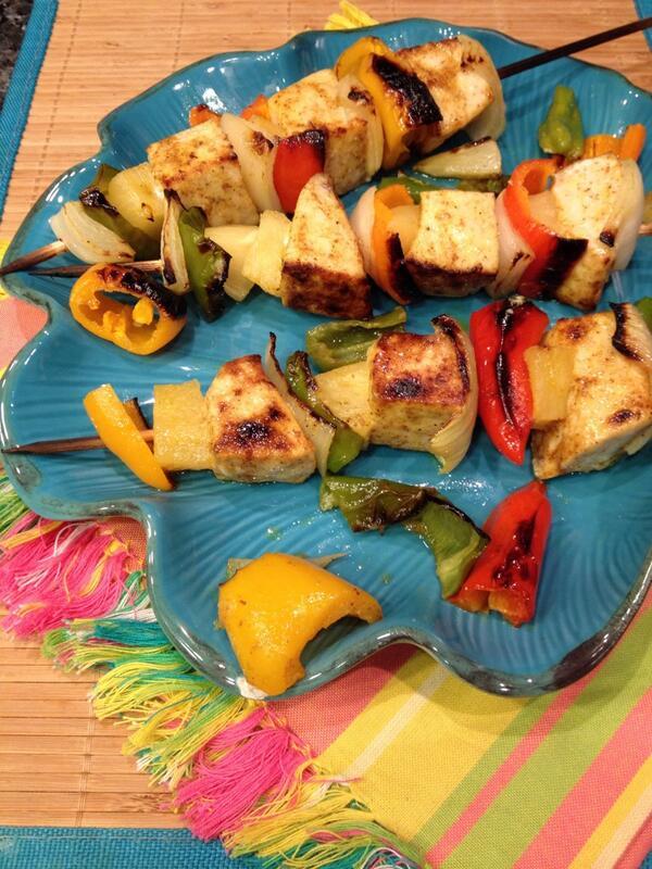 Dinner tonight - Moroccan Swordfish Kebabs great w/ @DoleFoods pineapples and @MelissasProduce mini peppers. #dinner http://t.co/01IZeUe5jk