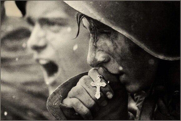 С Днем Великой Победы! Помним и гордимся! Слава Героям! http://t.co/ZdS8dNmggr