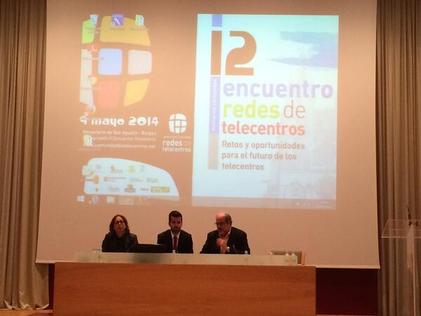 @joaquinete de @FundacionDedalo y nuevo presidente de la @comunidadtc cierra #12encuentro gracias por seguirnos !! http://t.co/Gru6nhCRRk