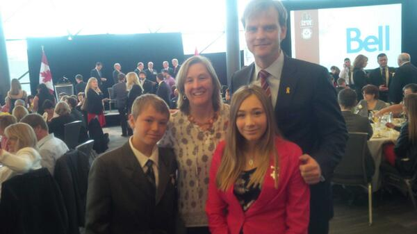 With Ann Pritchard, Owen + Emily Wilson at the Families of the Fallen Tribute Breakfast. #DayofHonour #Afghanistan http://t.co/zrEblaB4LN