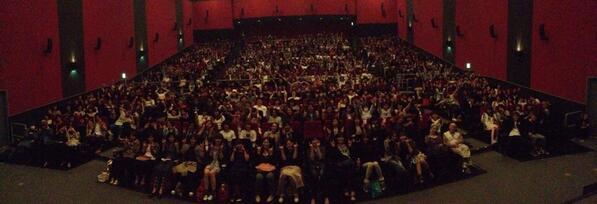 FOOLCOOLROCK!大阪プレミア上映!ワンオクのファンはメンバー同様にいい奴いい娘ばかりだぜい!#foolcoolrock http://t.co/mYBJeqzYnV