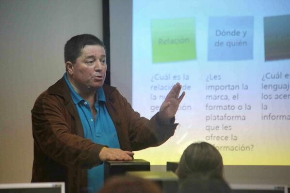 Hay que editar información para móviles dice @jperotti en el #CongresoFopea @fopea http://t.co/txWtV0wUXo