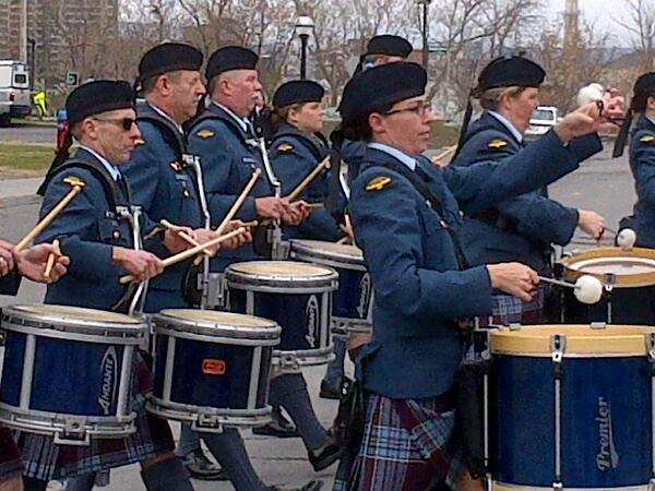 As we wait for the marching parade in Ottawa for the National Day of Honour thrilled by the pipers #cdnpoli http://t.co/YKNvNkTKEb
