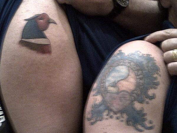 So my dad was on a business trip in Vegas for a week and came home with this #oldmantattoo  pic.twitter.com/oSBVgCNkVS