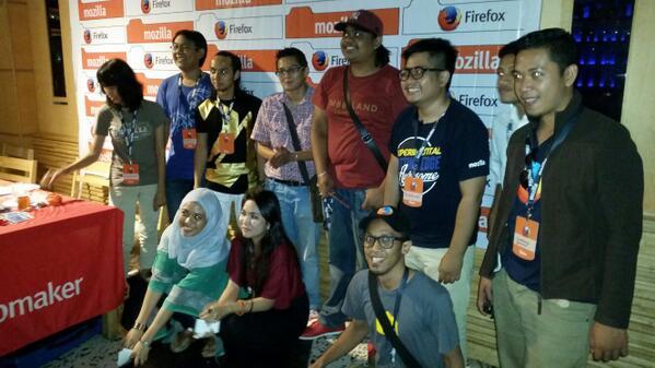 Antara ahli komuniti disebalik @MozillaMY #FirefoxKita http://t.co/SxyGVzKUg0