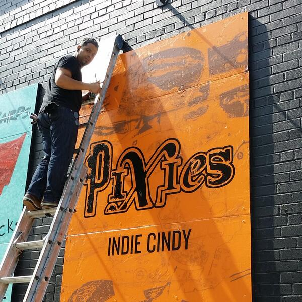 Just painting the @PIXIES Indie Cindy mural at @RoughTradeNYC ! That's how they do http://t.co/q4sX7vIS8Q