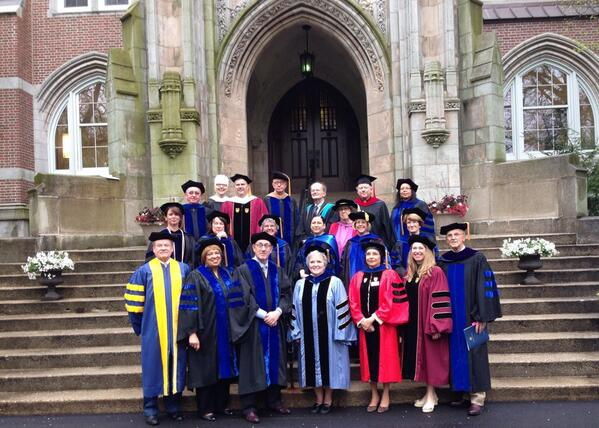President Sr. Janet, Speaker Kenneth Feinberg and the platform party are ready to greet our graduates! #ECClassof2014 http://t.co/juqogmLHHh