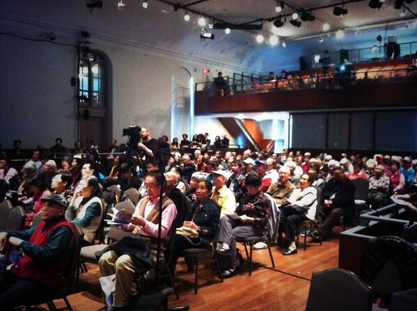 Packed house learning how to Stay Sharp at the Flushing Town Hall. http://t.co/qUZSUuRLzz