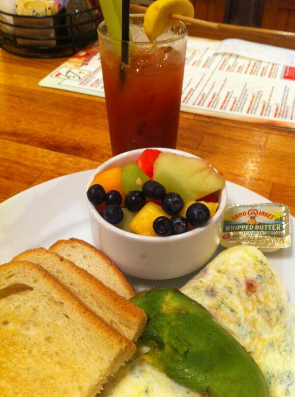 allanmacgregor: #MagentoImagine Vegas breakfast part 2 http://t.co/uUBaXBR3jH