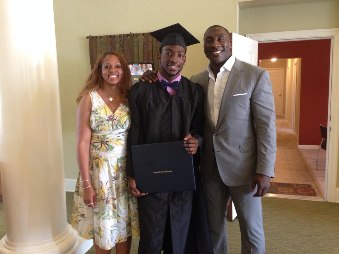 """shannon sharpe on Twitter: """"Very proud parents. http://t.co/VllnZv7n21"""""""