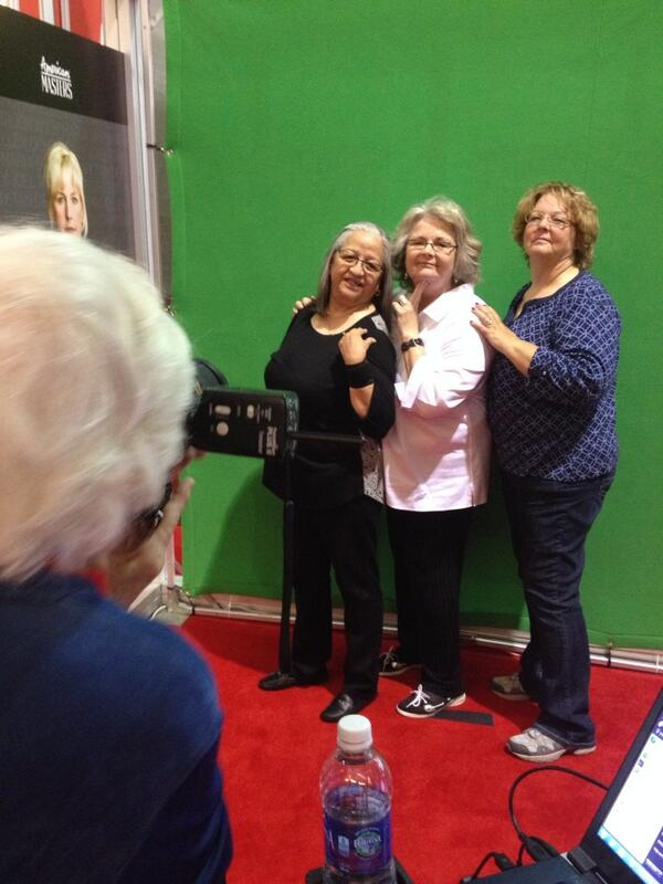 Chins up ladies! #BOOMERS50 photo booth. #Lifeat50 @AARP 📷: @USeventPhotos http://t.co/00UfRvFENx