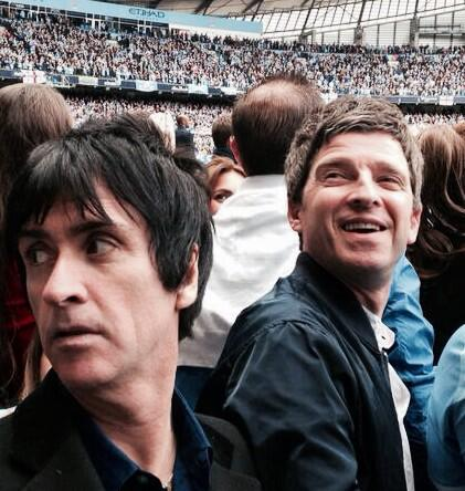 OK, Let's get the guitars out.@mcfc http://t.co/hZtvNUwuW6