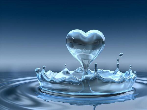 Salute News: Bere acqua fa bene al nostro umore