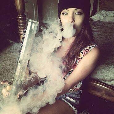 ebony stoner chicks tumblr