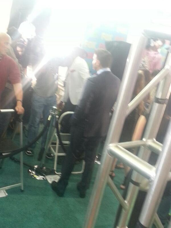 @David_Boreanaz doing some interviews #FOXfanfront http://t.co/DZ2tRXYrtT