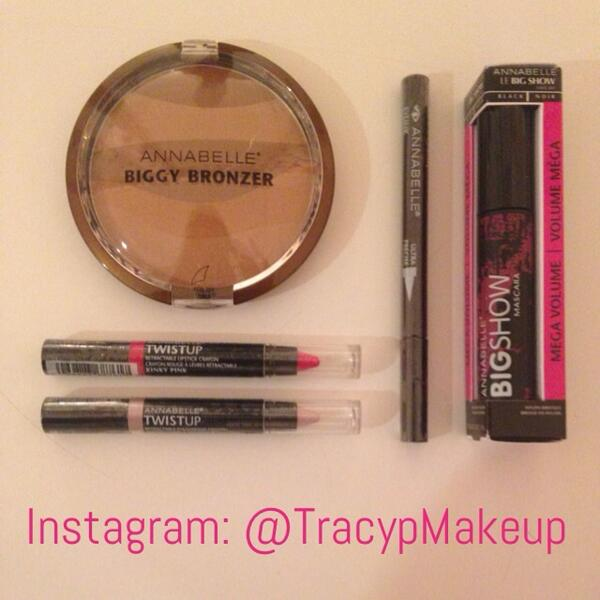 #WIN this @AnnabelleTweets prize of a bronzer, mascara, eyeliner and lip colors! To enter: follow @TracypMakeup & RT! http://t.co/VVtlrZ6O6P