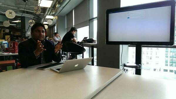 Great morning talking #LegalTech at @RyersonDMZ, met @SahilZaman and talked about his business @ClosingFolders. http://t.co/6bdksOrFmD
