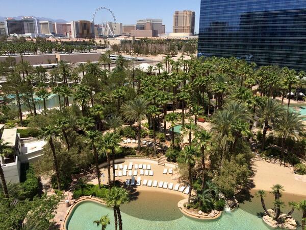 JimmyVosika: Hard Rock Hotel & Casino for #MagentoImagine http://t.co/s65EaS8n8I