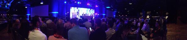 Mathijs_Kok: Eerste sessie in Las Vegas! #MagentoImagine http://t.co/LrrGtTxv3Y