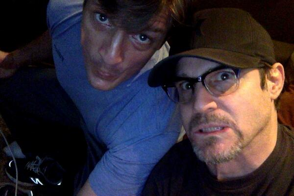 Hangin' with Captain Mal (@NathanFillion), tweeting like the wind. #WAREHOUSE13 #CASTLE EXTRAVAGANZA!! http://t.co/ZjlrWk7928