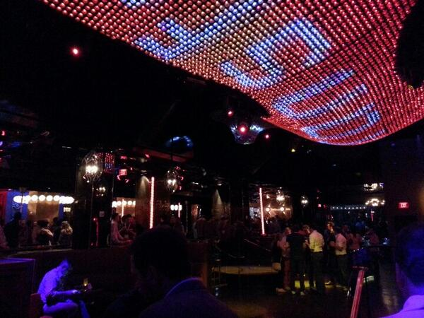 magento_rich: Night is still young at #magentoimagine . http://t.co/khsSd9KrMx