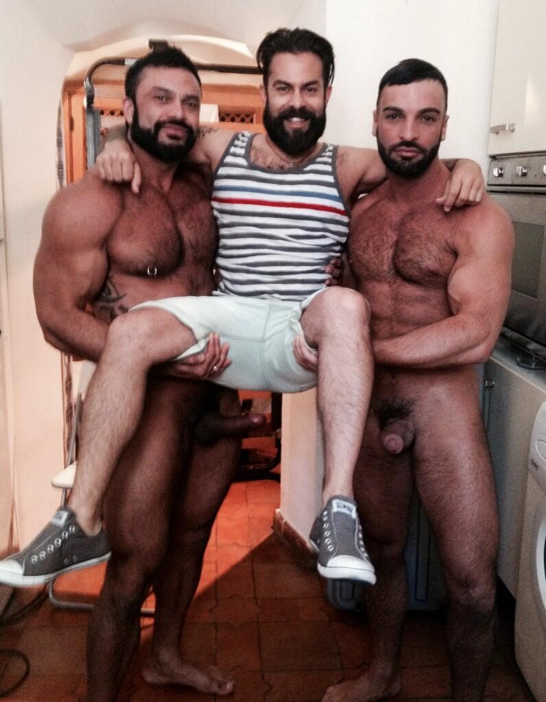 gay galleries free