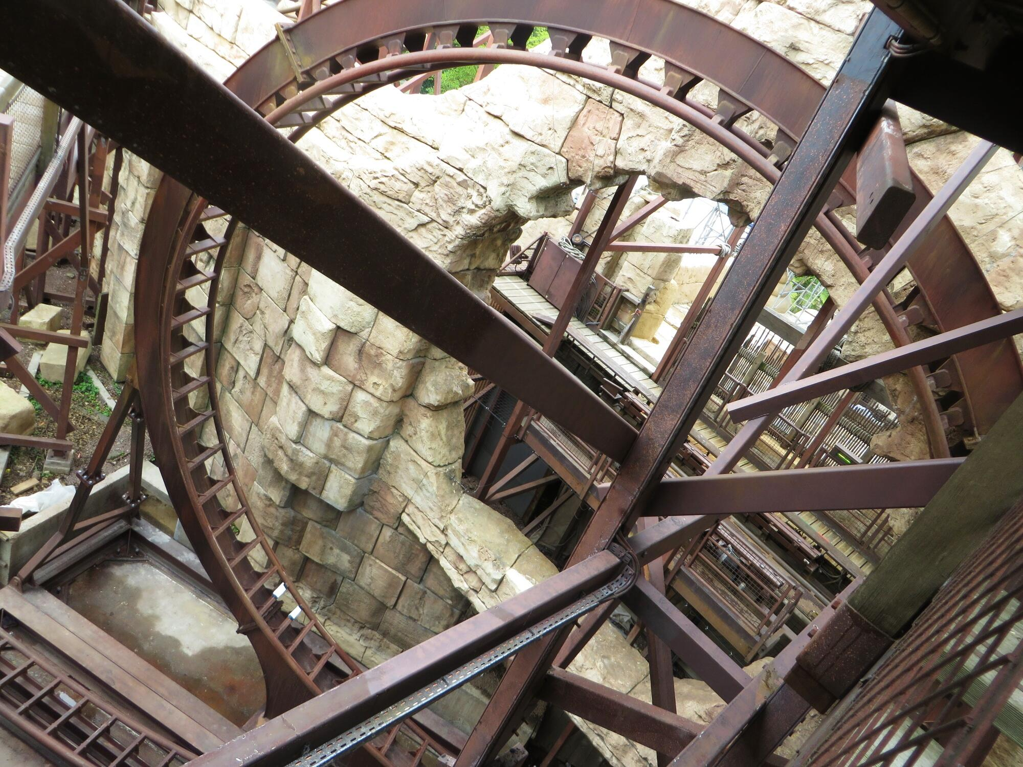 The great new world discussion thread page 103 - We Have Restored The Whole Show Quality To Brand New Condition And Completely Changed The Ride Control And The Loop