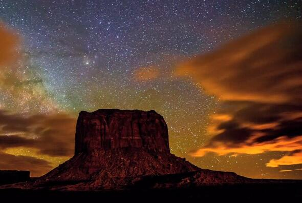 Milky Way over Monument Valley Navajo Park. Photo by Gavin Heffernan and Harun Mehmedinović, from the video