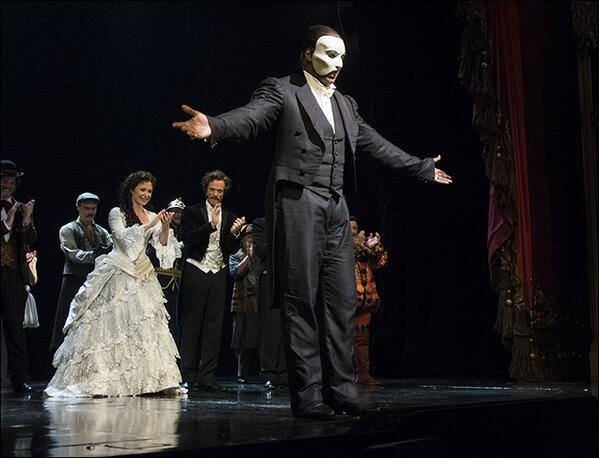 History has been made. Bravo Norm! RT @PlaybillMattB: Congrats to @normlewis777 on his @PhantomBway debut! http://t.co/wuxl6HtsVr