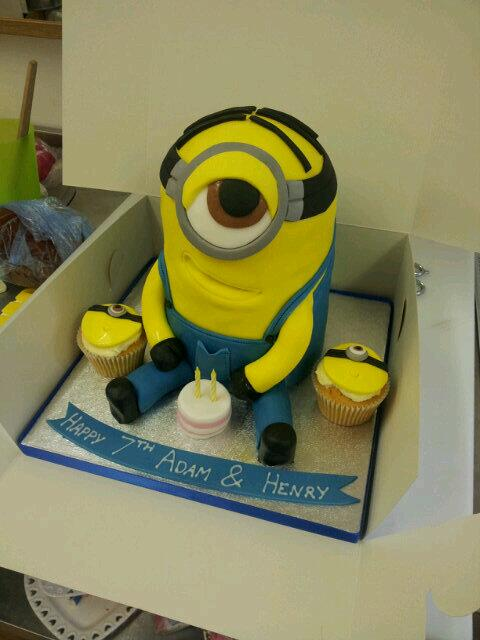 Licks Cake Design on Twitter Minion Birthday Cake Edinburgh Licks