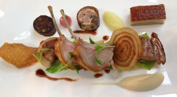 That suckling pig is back @lemanoir http://t.co/a69mQ7KelC