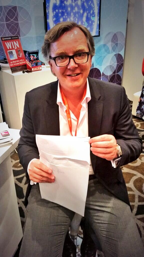 JMango360: Everything you can #Imagine is real!Maarten just signed another contract #MagentoImagine #mobile @mschuiling rocks http://t.co/KC186pcvPq
