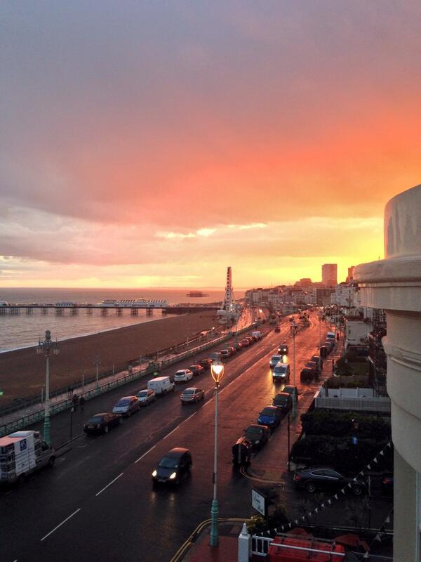 It's a pretty one tonight #brighton http://t.co/Kwb1Mk5HqF