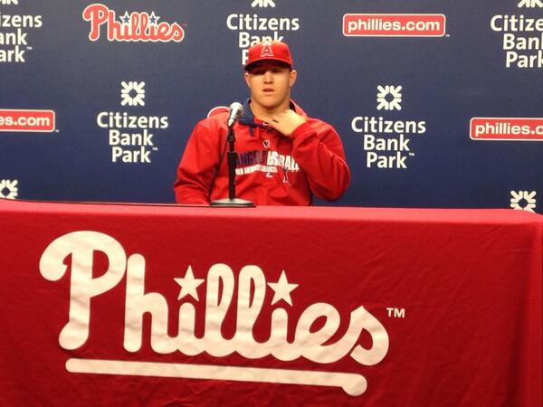 Mike Trout says last time he was here at CBP he was tailgating in parking lot for Phils World Series win in 08 http://t.co/rx5wpXaa8U