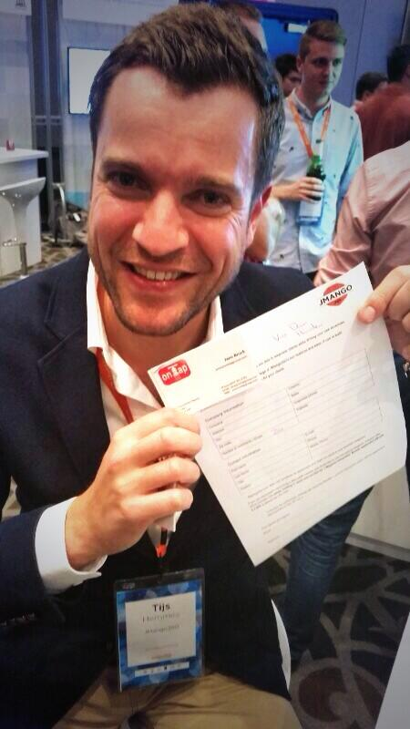 JMango360: And another contract is signed @Tijs_Hemmes #goodtimes #LasVegas #goodjob #MagentoImagine #mobile #appbuilder #apps http://t.co/cphsAXHCOw