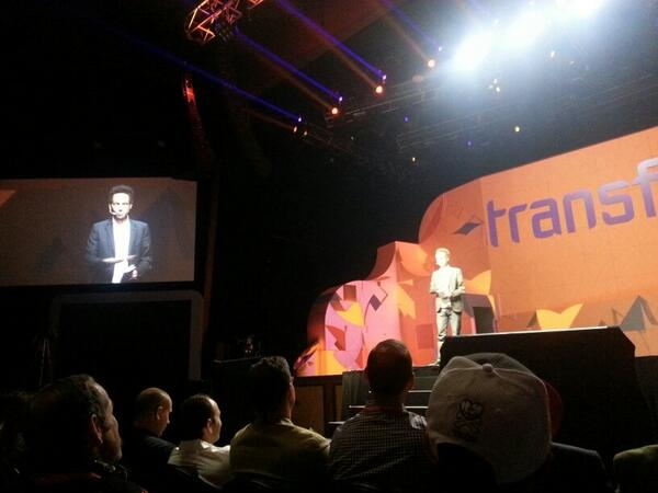 SmartgiftIt: And there he is - Malcolm #Gladwell @magentoimagine http://t.co/LYpa6KkpjQ